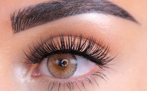 mink eyelashes close up